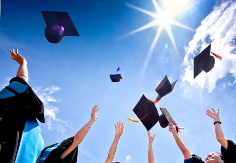 Bài luận về vấn đề tuyển sinh đại học
